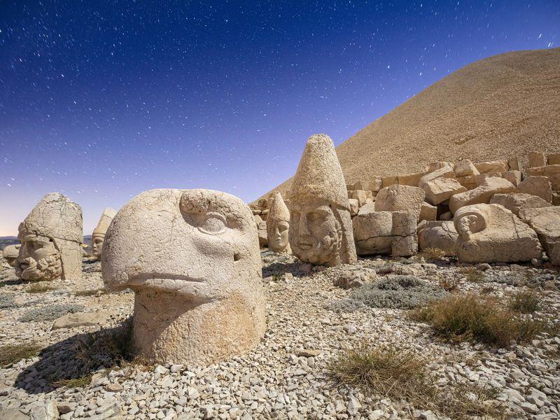 Экскурсия Гора богов Немрут-Даг игород пророков Шанлыурфа