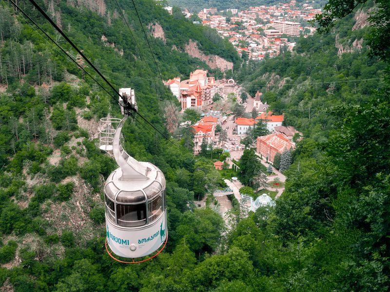 Боржоми-Уплисцихе. Зеленый рай и пещерный город width=