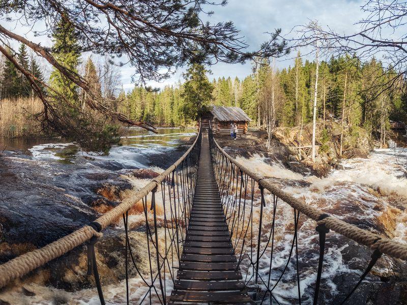Экскурсия ИзПетрозаводска— кмраморным скалам Рускеалы