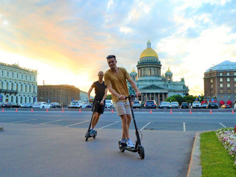 Экскурсия Секреты Петербурга наэлектросамокатах