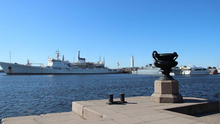 Весь Кронштадт, форт «Великий князь Константин» и теплоходная прогулка