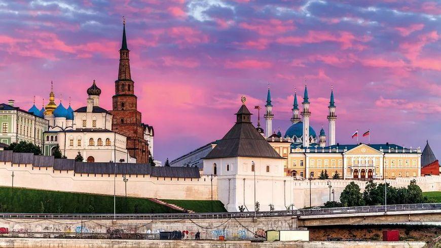 Гранд-тур повсей Казани, кремль итатарская кухня