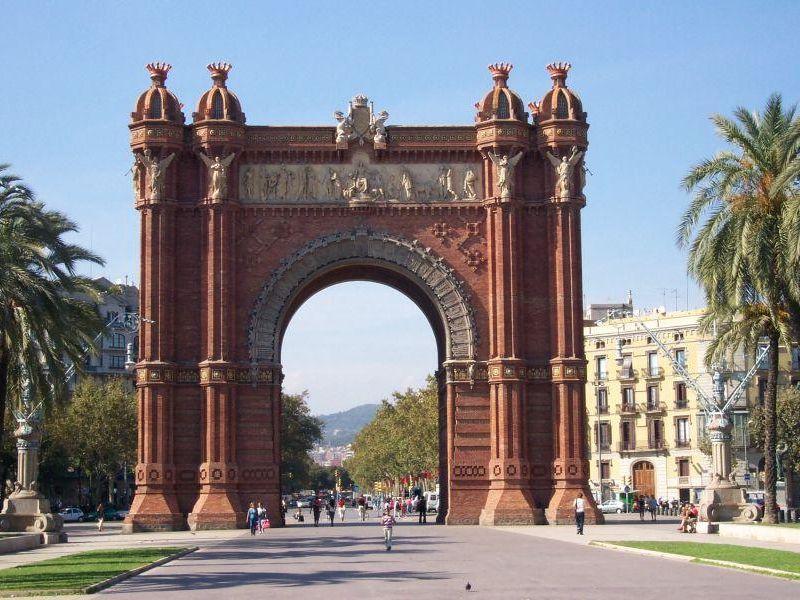 Экскурсия Барселона под особым углом, или о чем молчат путеводители
