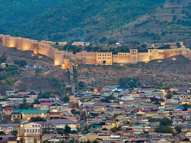 Экскурсия Дербент— сокровищница культур ирелигий