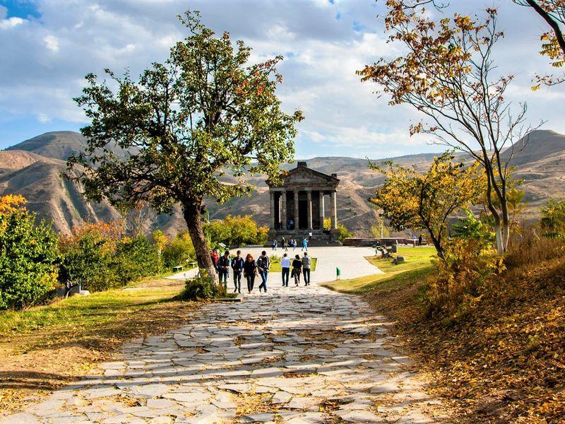 Армения — историческая, христианская, вкусная