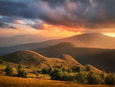 Закат на горе Пахкал-Кая