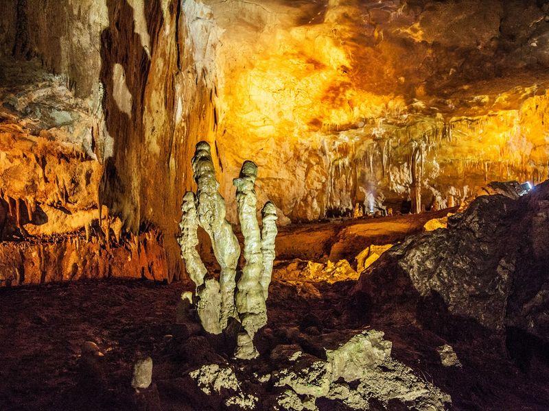 Экскурсия Пещера Магара— неандертальская «многооэтажка»