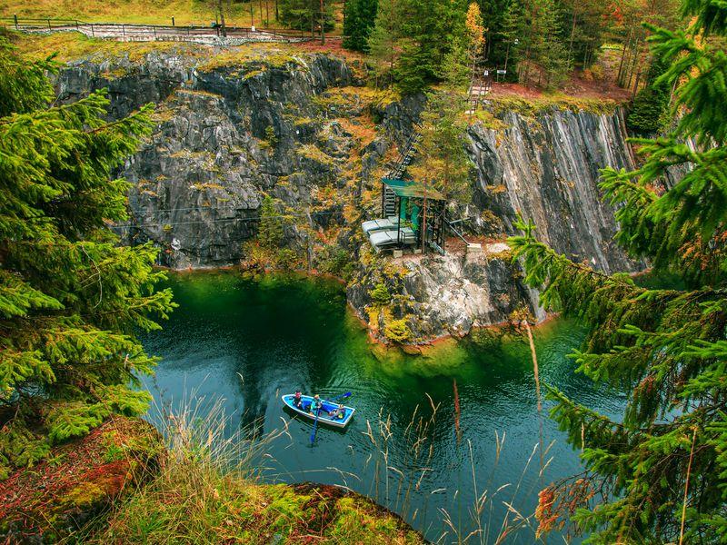 Экскурсия Рускеала и водопады Южной Карелии