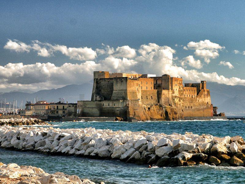 Экскурсия Замки Неаполя: от замка Яйца до замка Святого Эльма