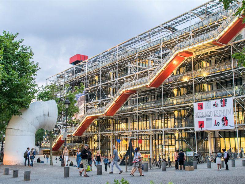 Экскурсия Помпиду — самый необычный музей Парижа