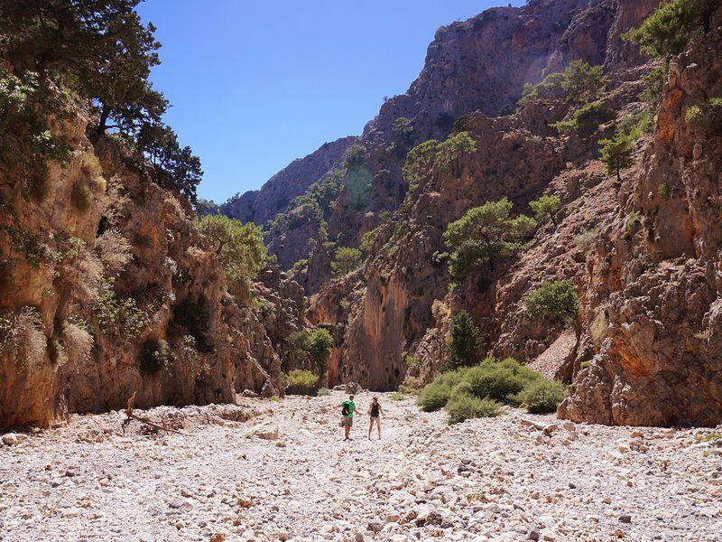 Экскурсия Дикая природа Крита: ущелье Арадена июжное побережье