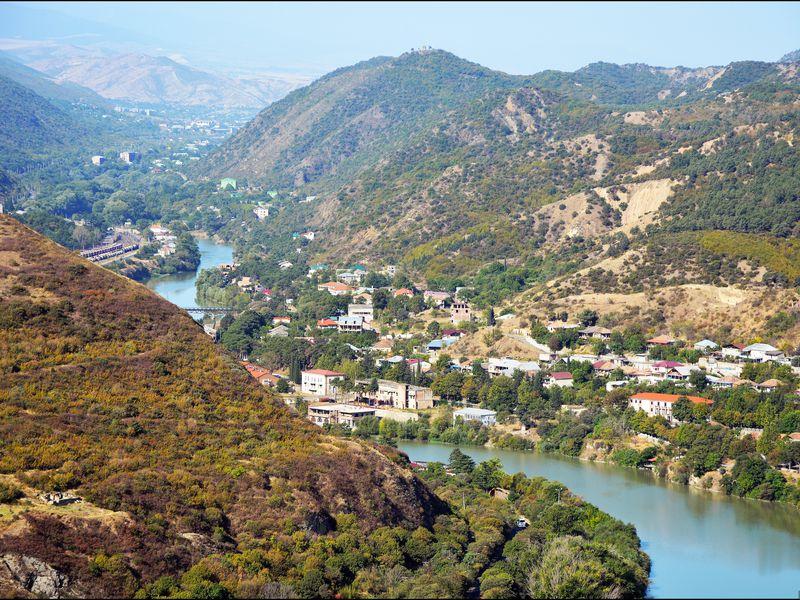 Экскурсия По святым местам Грузии: Мцхета и Шио-Мгвиме