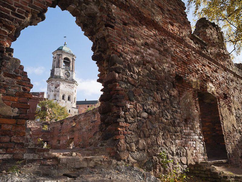 Экскурсия Выборг: от развалин монастырей к величию королевского Замка