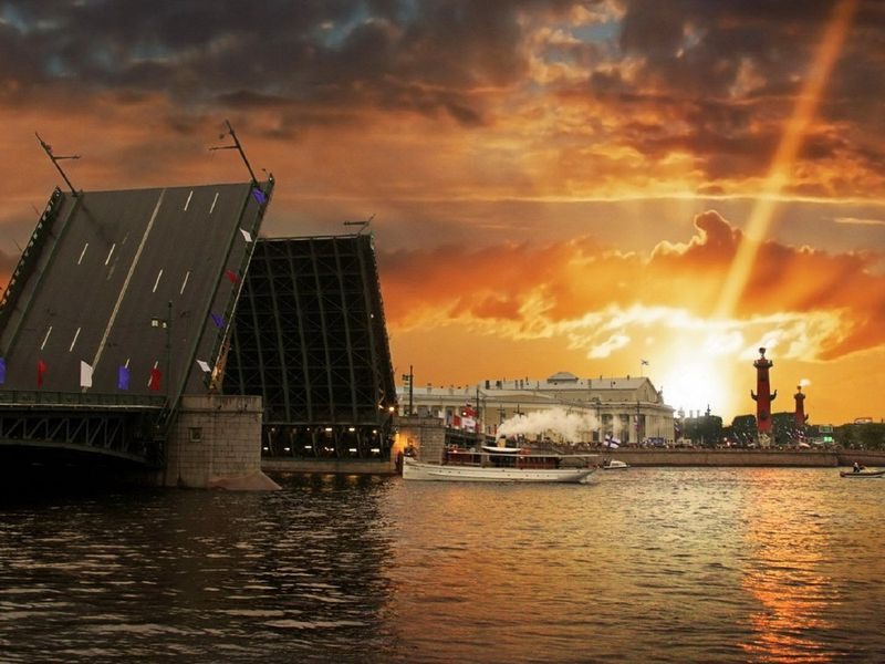 Экскурсия Разводные мосты глазами петербуржца