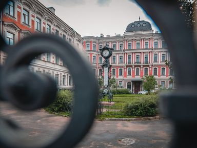Путешествие по проходным дворам Санкт-Петербурга