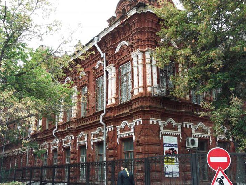 Экскурсия Прошлое в пилястрах: архитектурный облик Волгограда