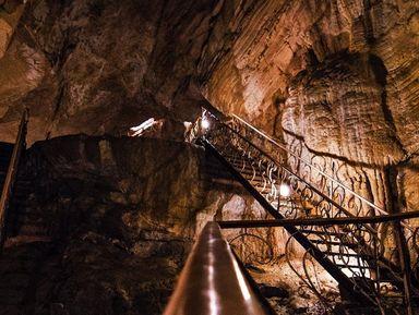 Ночное путешествие к Воронцовским пещерам