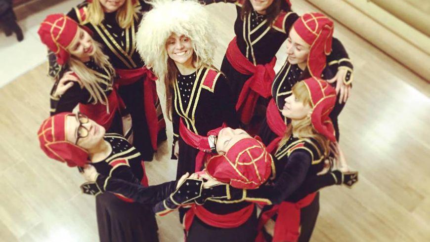 Мастер-класс погрузинским танцам