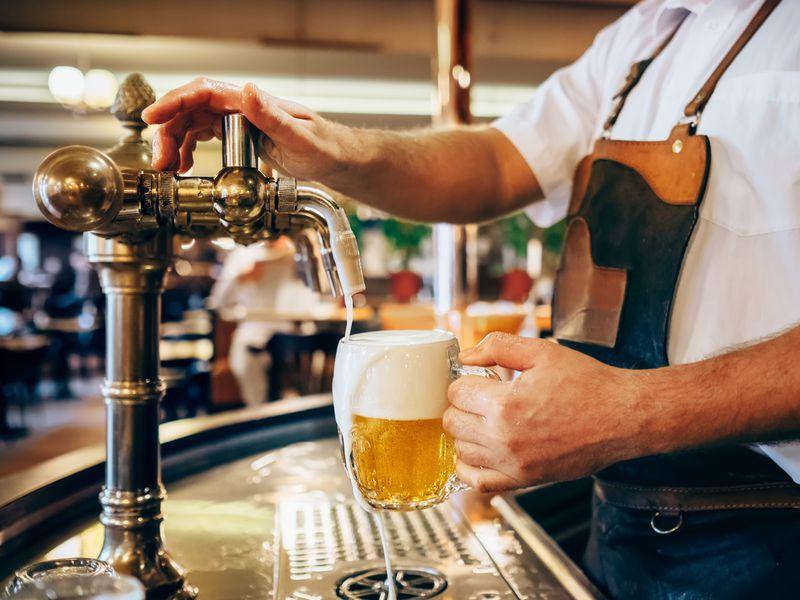 Экскурсия Закрафтовым пивом внетуристическую Прагу