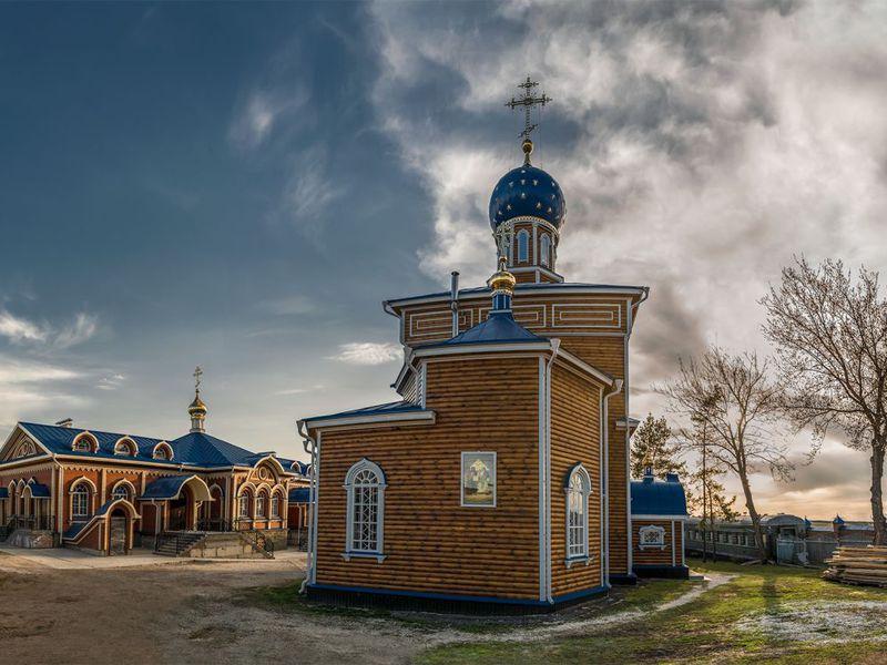 Экскурсия Свято-Троицкий храм— поездка всело Ташла