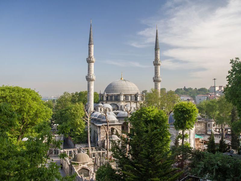 Экскурсия Стамбул: прогулка по древнему району Эйюп