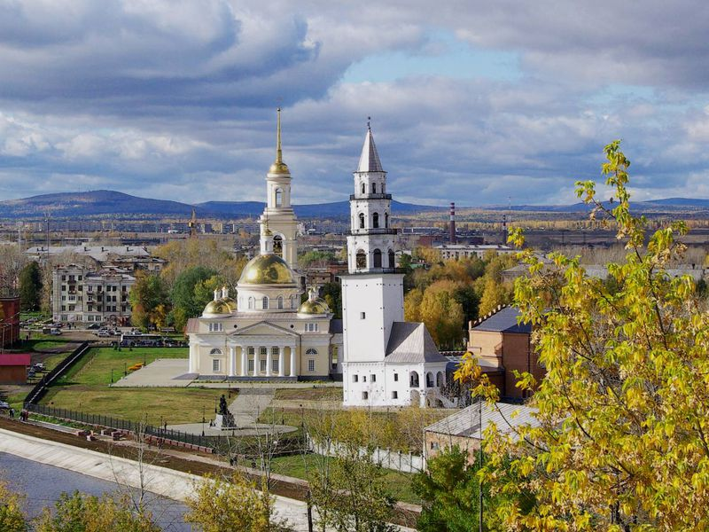 Экскурсия ИзЕкатеринбурга — вНевьянск