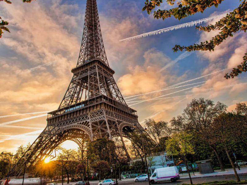 Экскурсия Приключение на Эйфелевой башне. Город с высоты для детей и взрослых