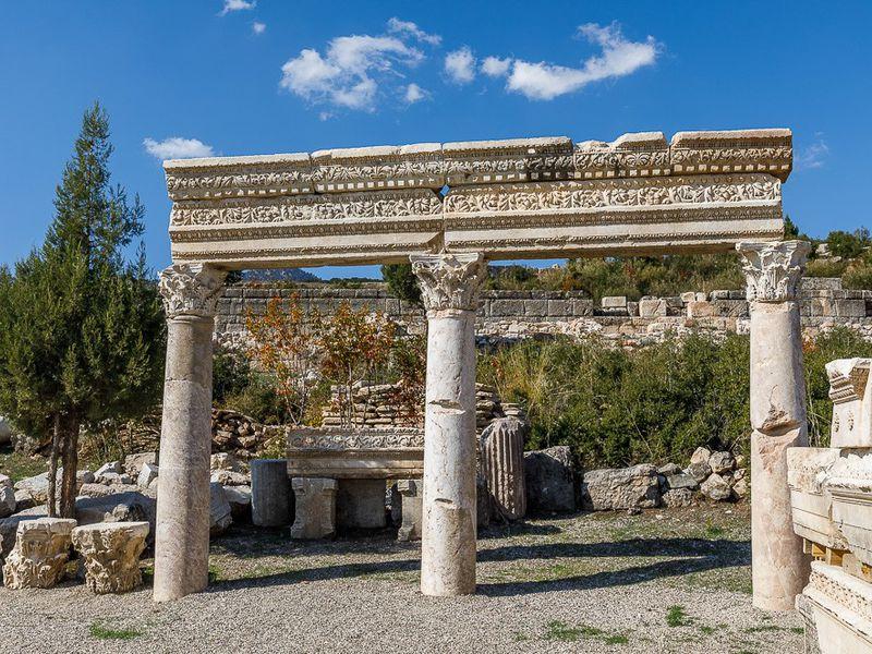 Экскурсия ИзАнталии вдревнюю Кибиру