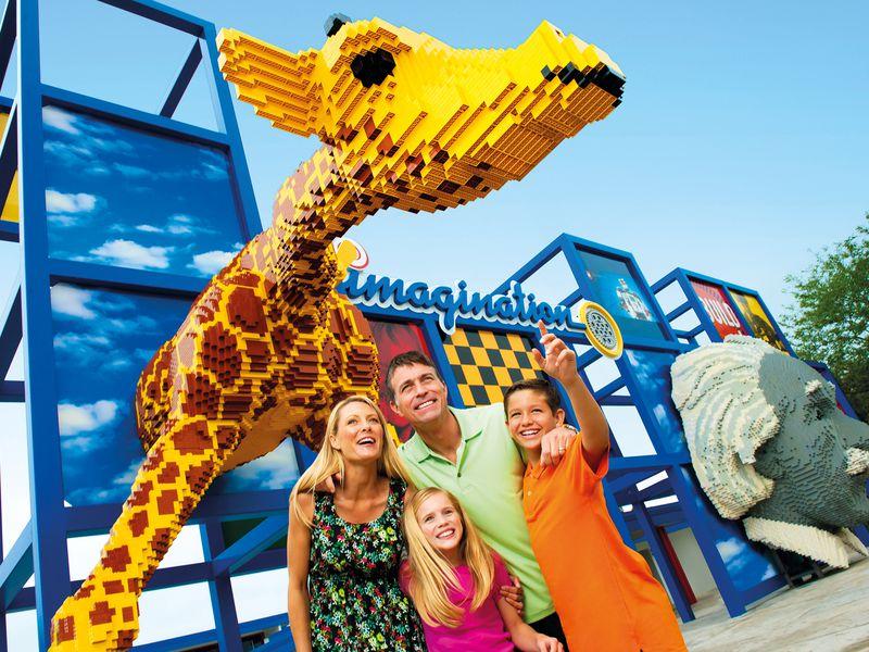 Экскурсия День втематическом парке «LegoLand»!