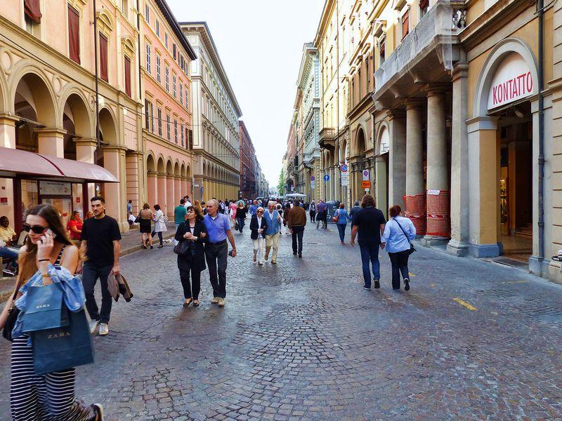 Экскурсия Болонья на вкус и цвет: шопинг со смыслом