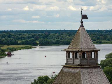 Прогулка на катере по Волхову к озеру Ильмень