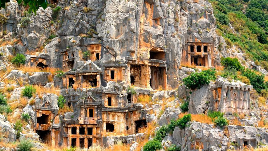 Из Антальи — в античный город Мира и храм Николая Чудотворца