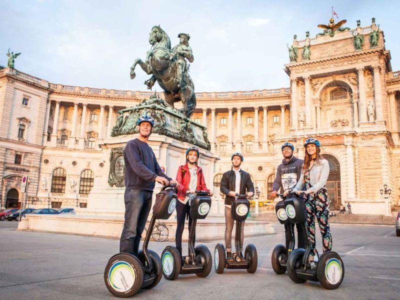 Экскурсия По Вене на Segway или велосипеде!