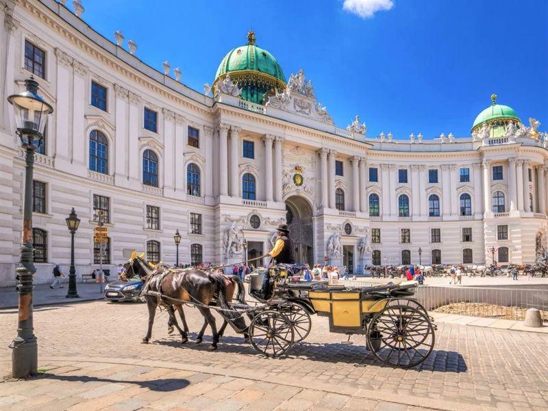 Экскурсия Прага — Вена: экскурсия в имперскую столицу