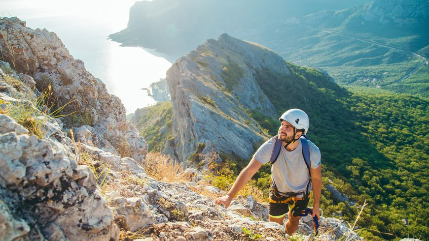 На гребне горы: восхождение по Виа-Феррата в мини-группе