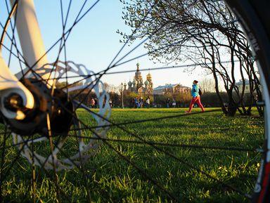 Велосипедная прогулка по центру Петербурга