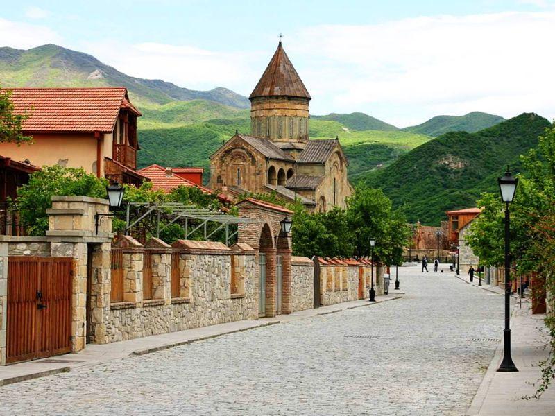 Экскурсия Монастырь Джвари, конная прогулка и улицы старого Тбилиси