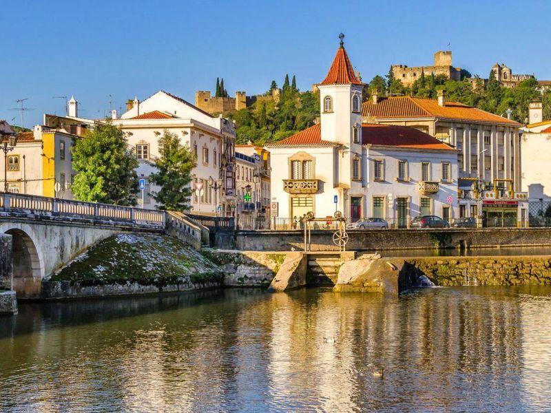 Экскурсия Средневековые города Португалии: Томар, Баталья, Назарэ и Обидуш