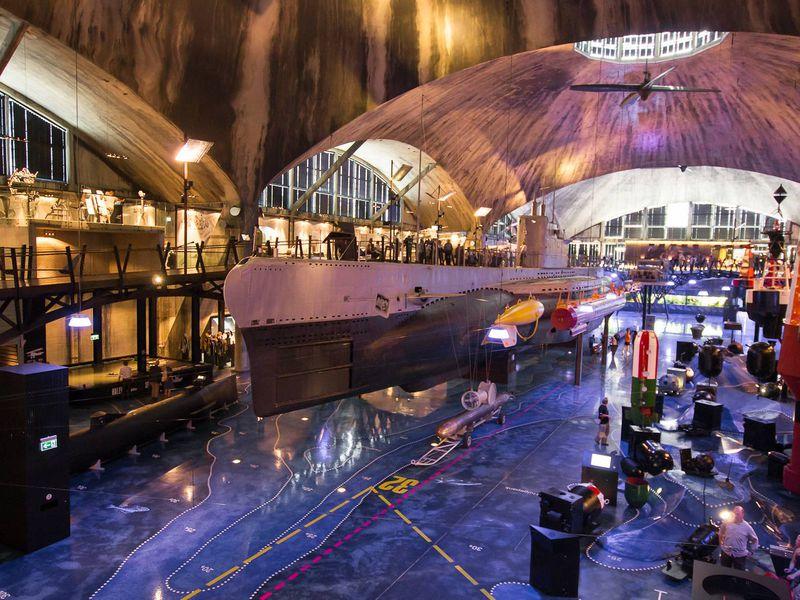 Экскурсия Морской музей: пушки и лодки обретают свое лицо
