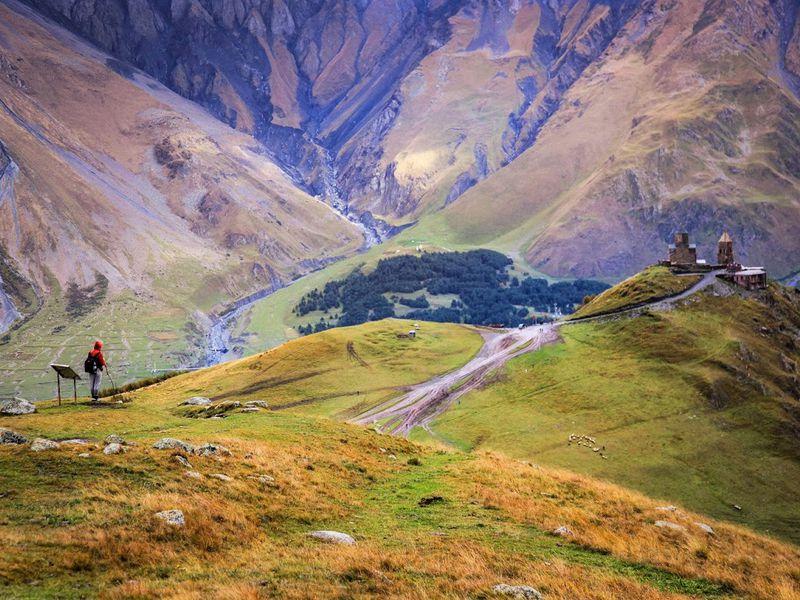 Путешествие в Казбеги — путь к вашему сердцу width=