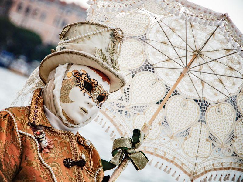 Экскурсия Венецианские маски: история и мастер-класс