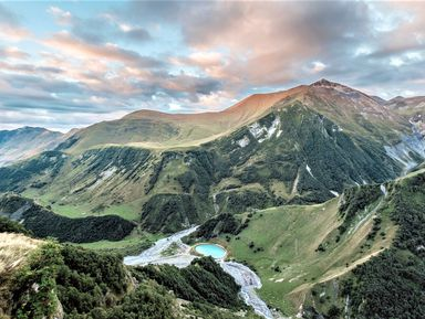 Казбек: путешествие в сердце Кавказских гор