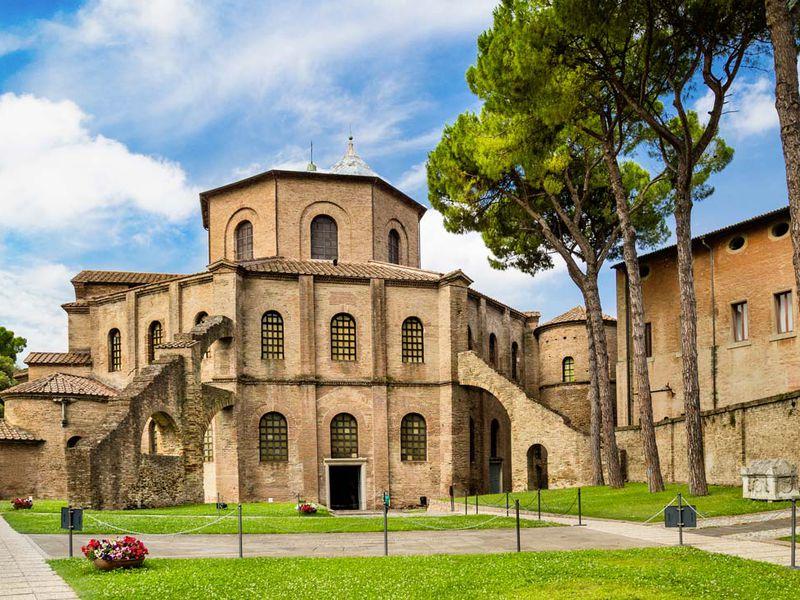 Экскурсия Равенна — путешествие в мир старинных мозаик