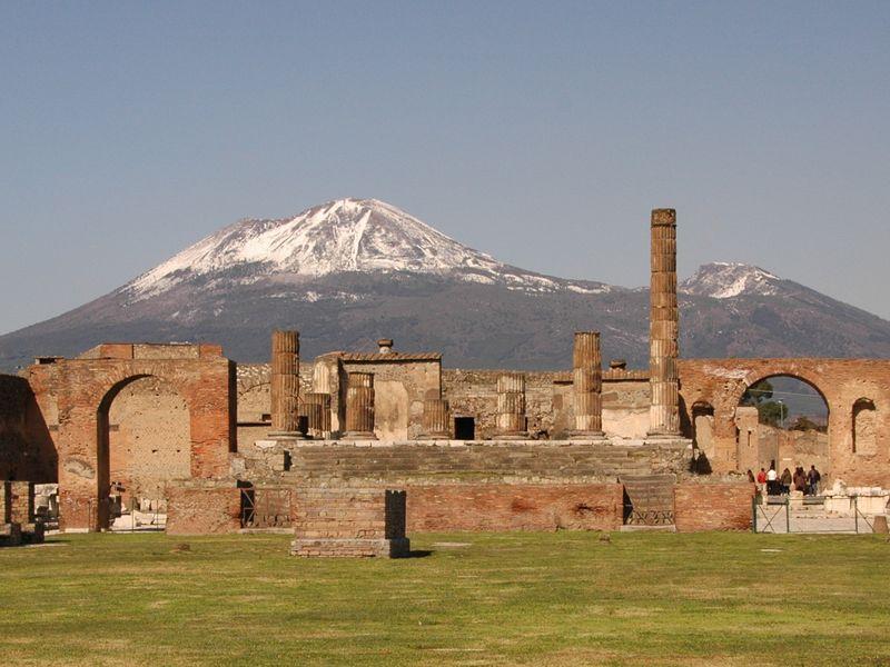 Экскурсия Помпеи – античная машина времени